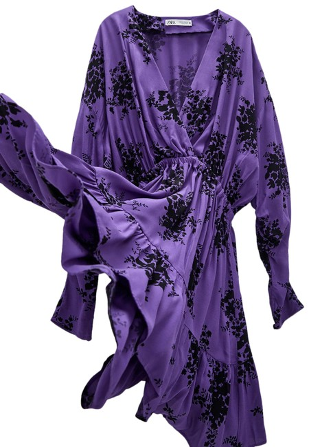 Item - Purple Floral Mini Printed V-neck Long Sleeves New Short Casual Dress Size 8 (M)