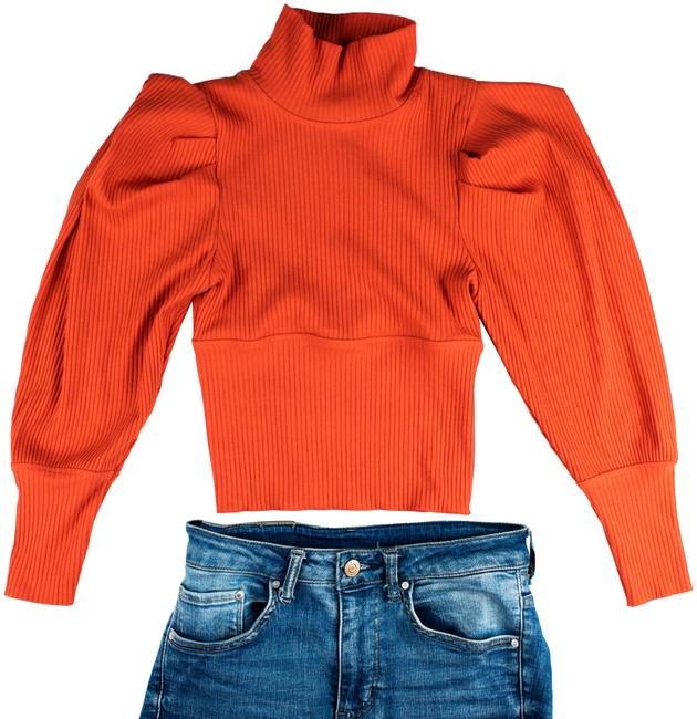 Item - Puff Sleeve Cropped Red Sweater
