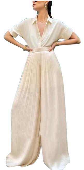 Item - White Pleated Palazzo Flowy Pants Size 2 (XS, 26)