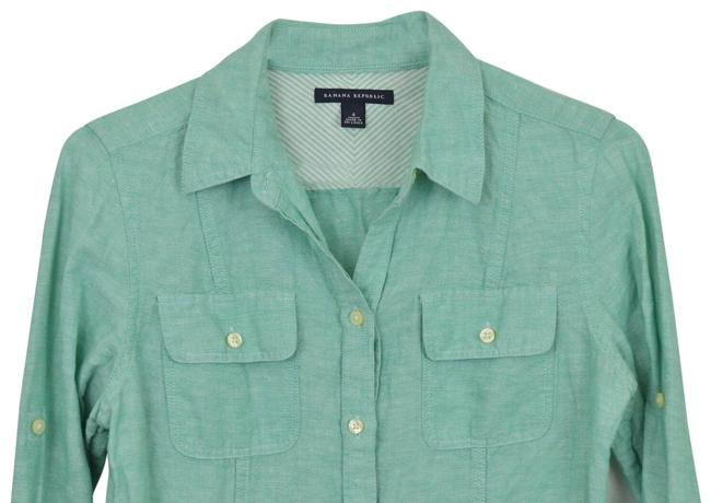 Item - Green Button-down Top Size 4 (S)