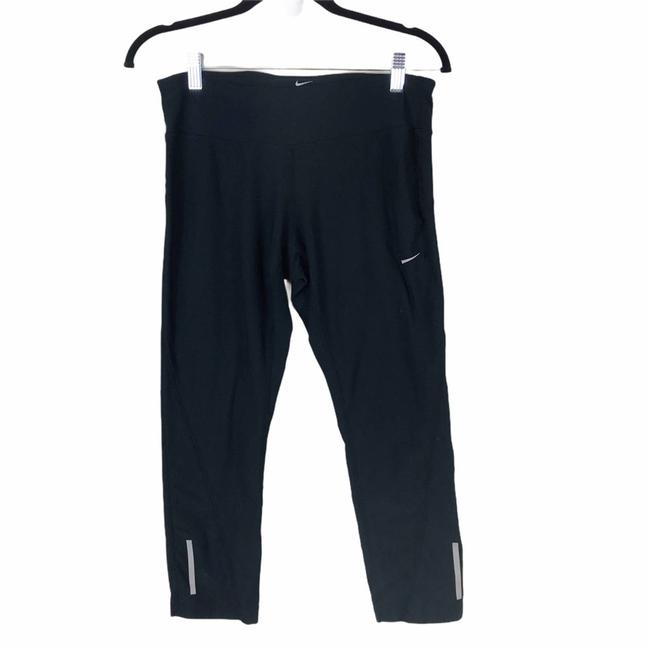 Item - Black Dri Fit Capri Workout Cropped Yoga Pants Medium Activewear Bottoms Size 8 (M, 29, 30)