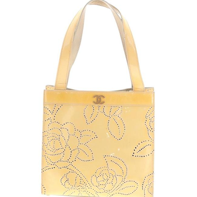 Item - Camellia Laser Yellow Patent Leather Tote