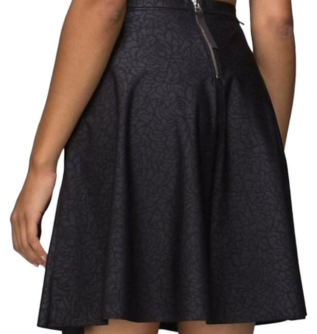 Item - Black Good To Go Embossed Camo S Skirt Size 4 (S)