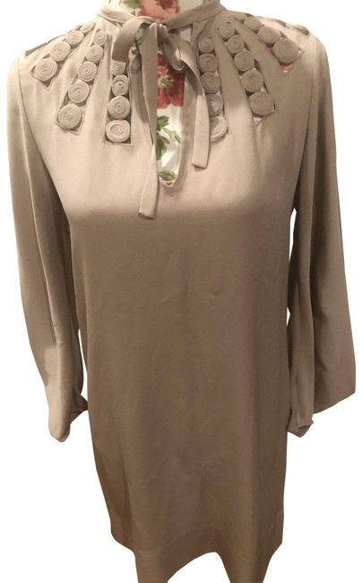 Item - Tan Silk Chemise Mid-length Formal Dress Size 0 (XS)