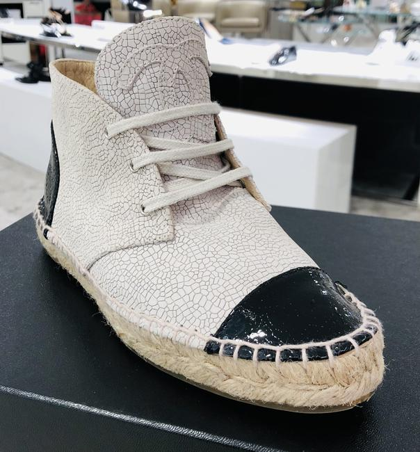 Item - White Black Karl Lagerfeld Last Cruise Collection Boots/Booties Size EU 37 (Approx. US 7) Regular (M, B)