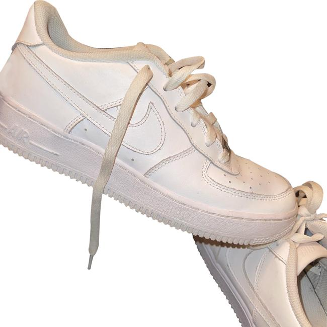 Item - White Air Force 1 Sneakers Size US 8.5 Regular (M, B)