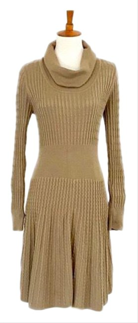 Item - Tan Cowl Neck Fit & Flare Sweater Mid-length Work/Office Dress Size 8 (M)