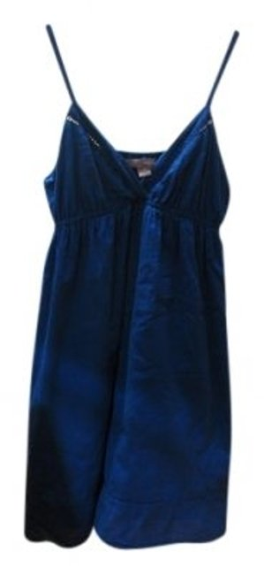 Preload https://item1.tradesy.com/images/forever-21-blue-a-line-knee-length-short-casual-dress-size-8-m-28780-0-0.jpg?width=400&height=650