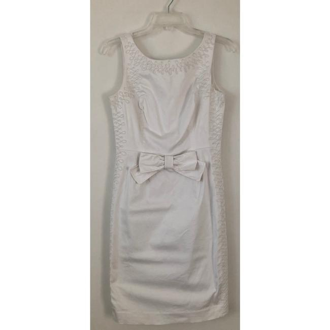 Item - White Davie Solid Sateen Bow Embroidered Sheath Short Cocktail Dress Size 4 (S)