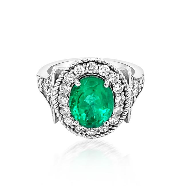 Item - Green 2ct Natural Emerald 14k White Gold 6.2gm Ring