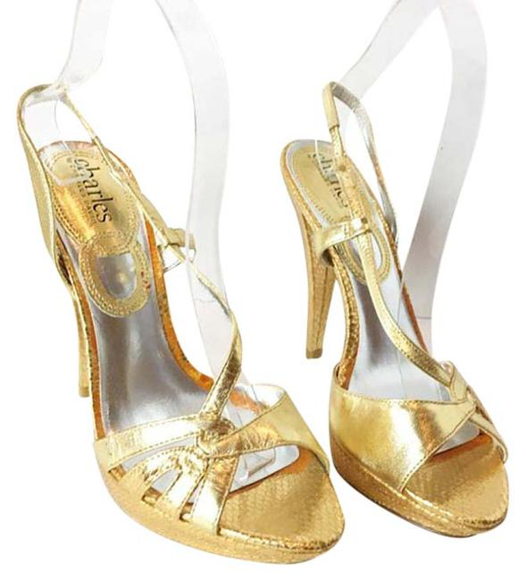 Item - Gold Women's Strappy Heeled New Platforms Size US 7.5 Regular (M, B)