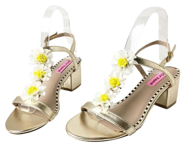 Item - Gold Yellow Women's Daisy T Strap Sandals Size US 6.5 Regular (M, B)