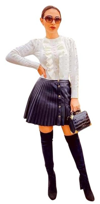Item - Black Blogger Favorites Faux Leather Pleated Skirt Size 4 (S, 27)