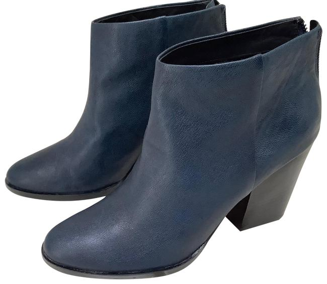 Item - Navy Classic Ankle Boots/Booties Size US 9.5 Regular (M, B)