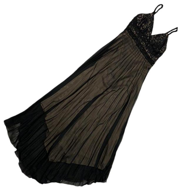 Item - Black Pleated Long Formal Dress Size 6 (S)