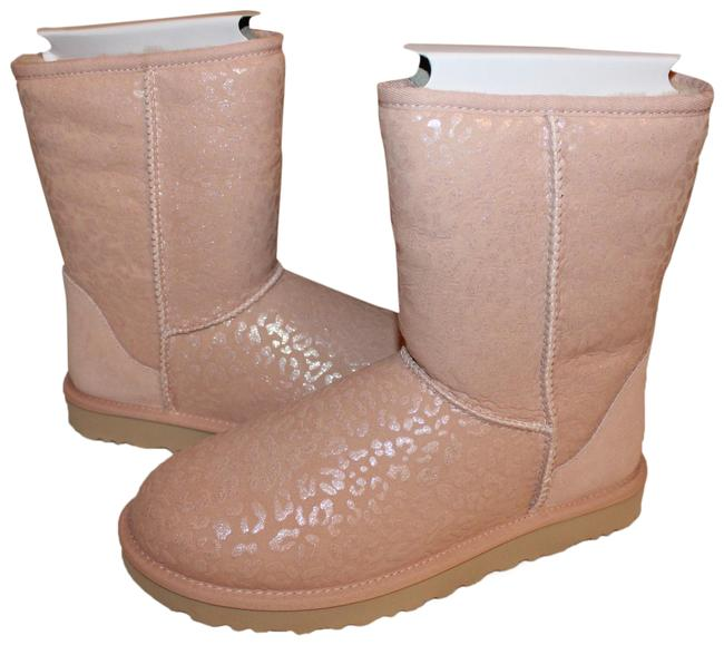 Item - Pink Classic Short Suede Shearling Snow Leopard Boots/Booties Size US 7 Regular (M, B)