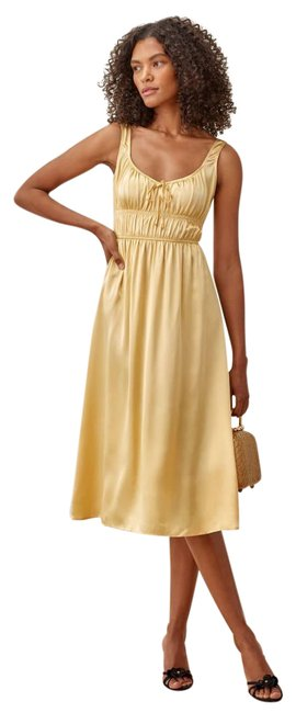 Reformation Yellow/Gold New Lightweight Silk Charmeuse Fabric - Silk. Mid-length Short Casual Dress Size 2 (XS) Reformation Yellow/Gold New Lightweight Silk Charmeuse Fabric - Silk. Mid-length Short Casual Dress Size 2 (XS) Image 1