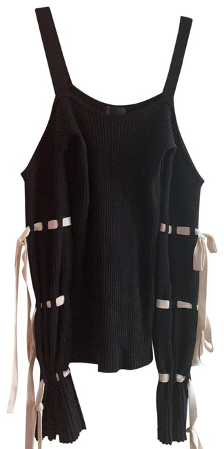 Item - Knit Black and Ivory Sweater