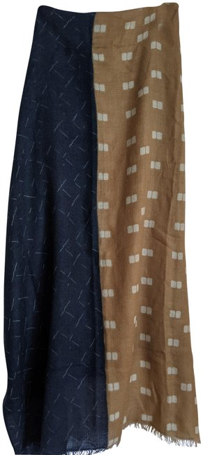 Item - Navy and Tan Cashmere Scarf/Wrap
