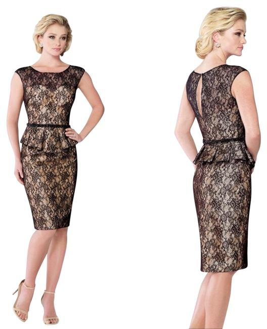 Item - Black and Gold 215815 Mid-length Cocktail Dress Size 14 (L)