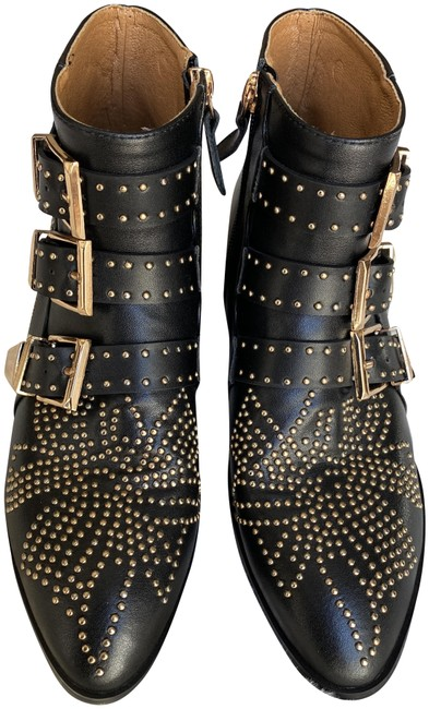 Item - Black Leather Gold Studded Boots/Booties Size EU 37 (Approx. US 7) Regular (M, B)