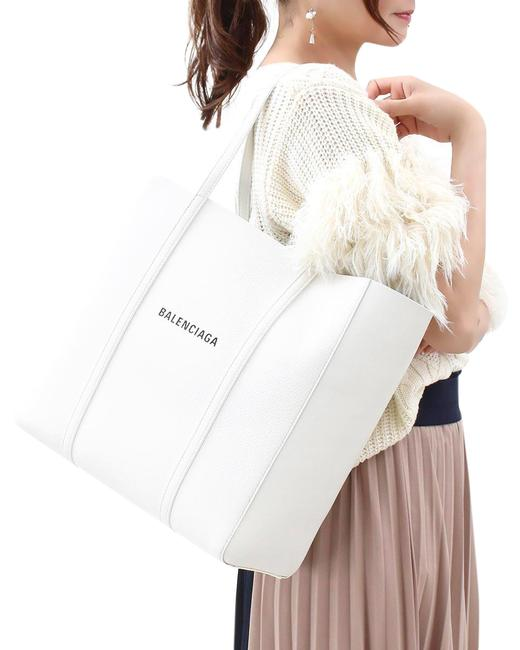 Item - Everyday Logo Shopper White Lambskin Leather Tote