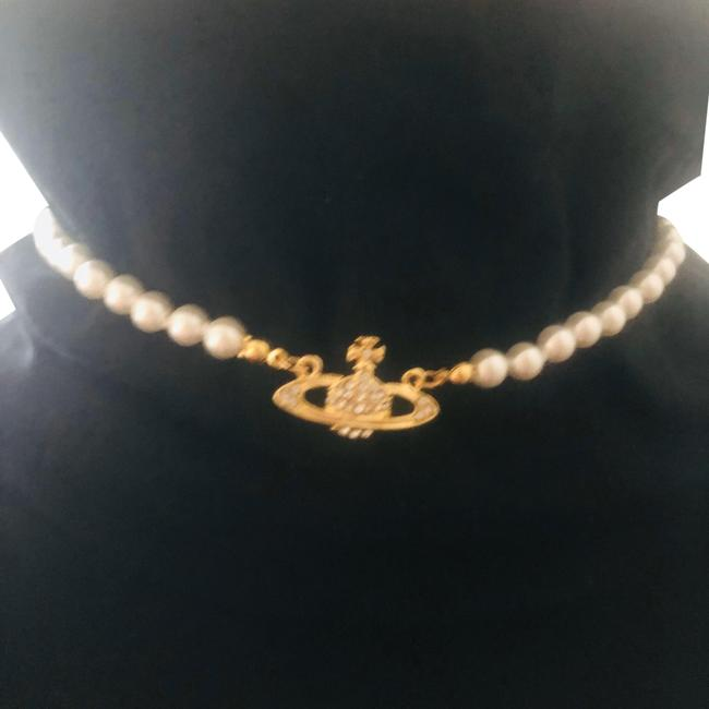 Item - Ecru and Gold Choker with Orb Pendant Necklace