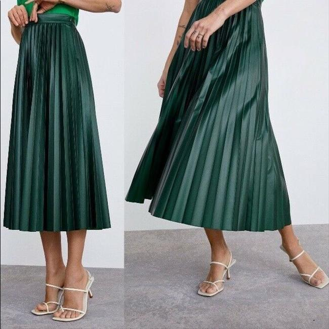 Zara Green Faux Leather Pleated High S New Skirt Size 4 (S, 27) Zara Green Faux Leather Pleated High S New Skirt Size 4 (S, 27) Image 2