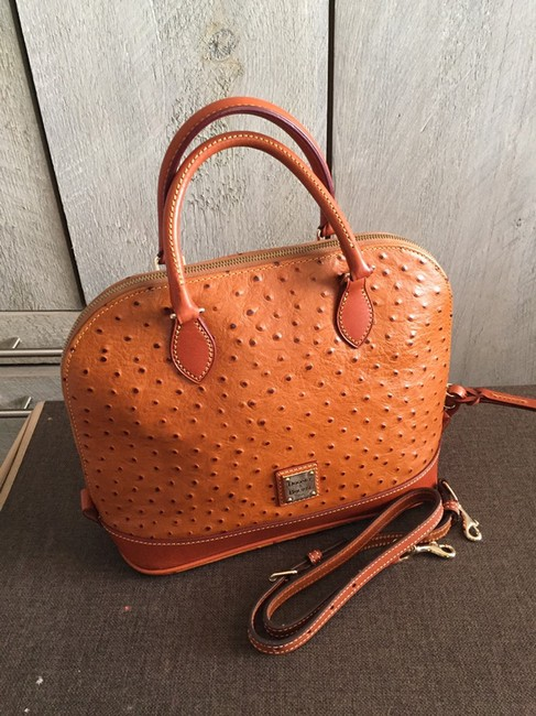 Item - And Handbag Caramel Baguette