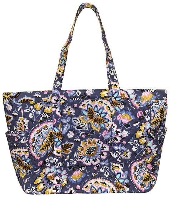 Item - Get Going Tote In Charmont Meadow Weekend/Travel Bag