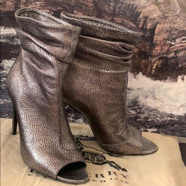 Burberry Pewter Burlison Boots/Booties Size US 8 Regular (M, B) Burberry Pewter Burlison Boots/Booties Size US 8 Regular (M, B) Image 2