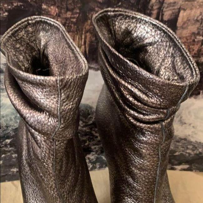 Burberry Pewter Burlison Boots/Booties Size US 8 Regular (M, B) Burberry Pewter Burlison Boots/Booties Size US 8 Regular (M, B) Image 4