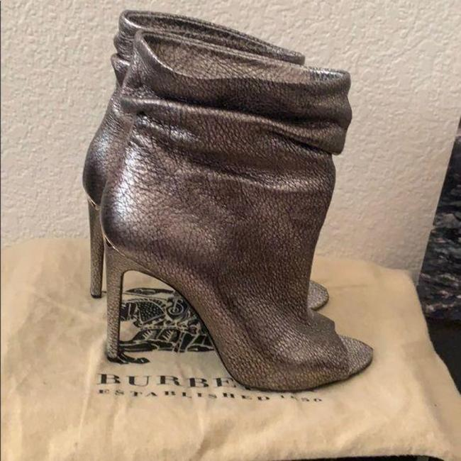 Burberry Pewter Burlison Boots/Booties Size US 8 Regular (M, B) Burberry Pewter Burlison Boots/Booties Size US 8 Regular (M, B) Image 6