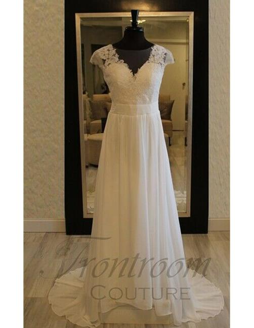 Item - Ivory Genivieve Formal Wedding Dress Size 8 (M)