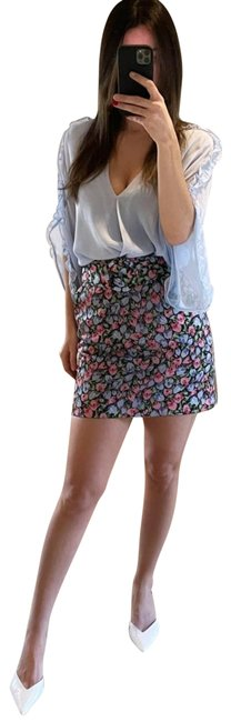 Item - Pink Floral Print with Belt Skirt Size 0 (XS, 25)