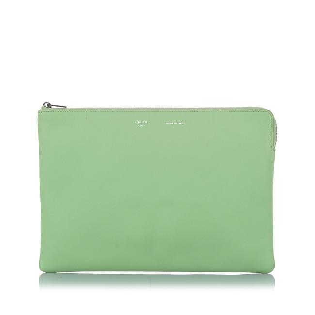 Item - Pouch Green Leather Wristlet