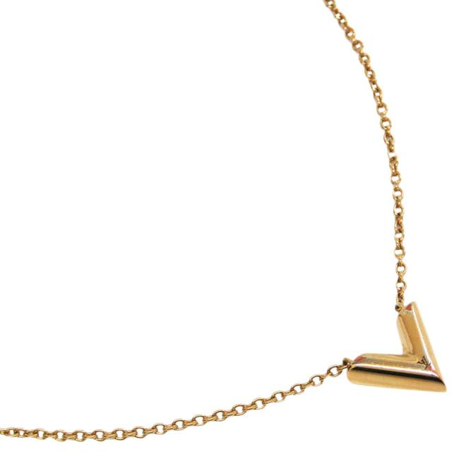 Item - Gold Essential V M61083 Metal Women's Pendant (Gold) Necklace