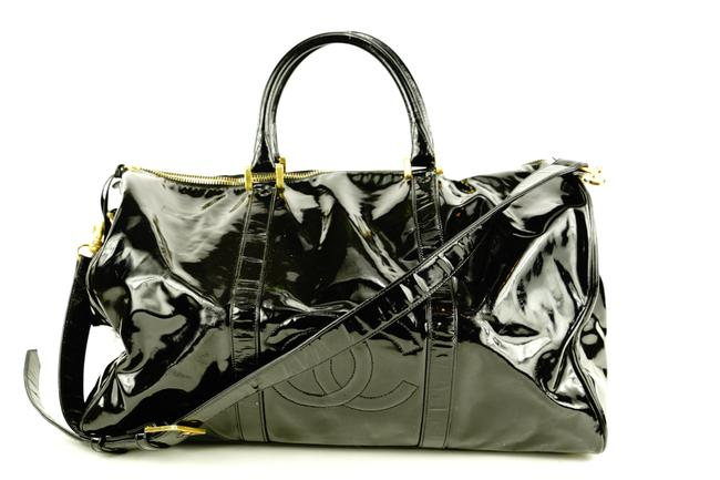 Item - Duffle Large Cc Logo with Strap 1chlm311 Black Patent Leather Weekend/Travel Bag