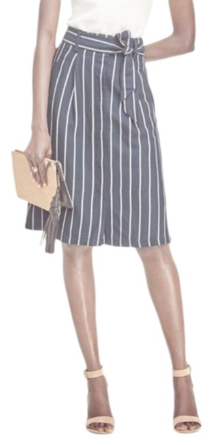 Item - Blue White Striped Belted Skirt Size 0 (XS, 25)