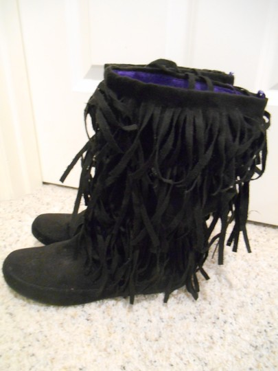 Miley Cyrus & Max Azria Faux Suede 6.5 Fringe Fringe Hippy Bohemian Boho Flat Flats Faux Suede Fabric Fringy Fringe Hem Slip Slippers 60s Black with Purple Lining Boots