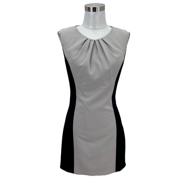 Item - Grey XS N65 Designer Colorblock Sheath Sleeveless Mid-length Work/Office Dress Size 2 (XS)