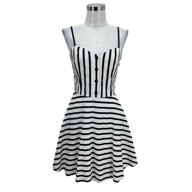 Item - Black White N1522 Designer Small Striped Sundress Short Casual Dress Size 4 (S)