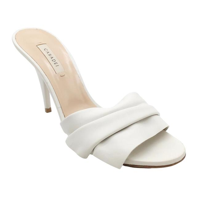 Item - White Leather Pleated Mules/Slides Size EU 39.5 (Approx. US 9.5) Regular (M, B)