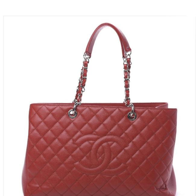 Item - XL Gst In Excellent Condition Red Caviar Leather Tote