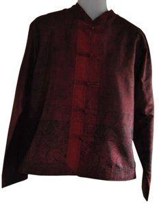 Chico's Top Burgundy w/ Black design