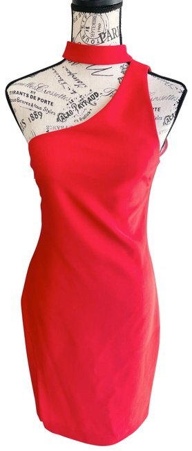 Item - Adelaide Mid-length Cocktail Dress Size 6 (S)