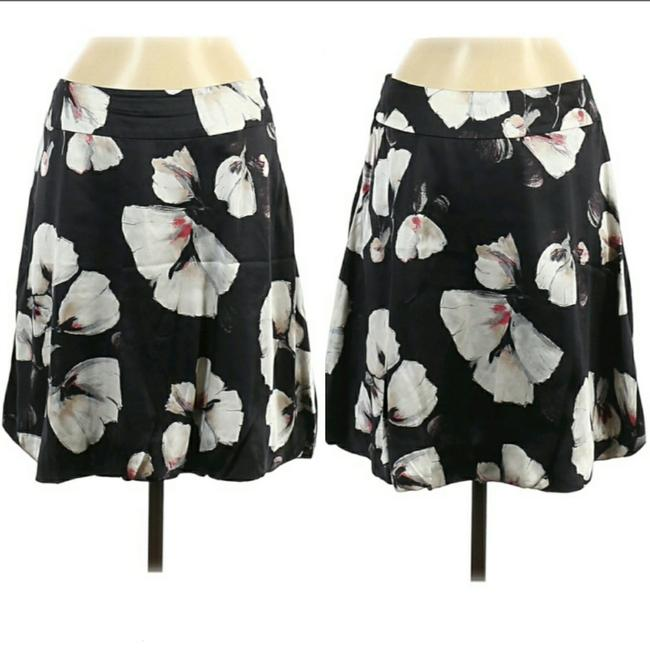 Item - Silk Press Flower Mini Bubble Skirt Size 6 (S, 28)