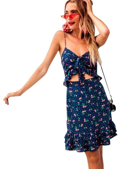 Item - Blue Red Ruffle Front Tie Cherry Print Short Casual Dress Size 12 (L)