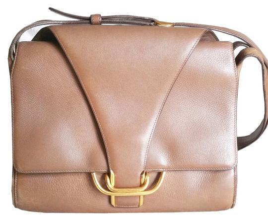 Preload https://item4.tradesy.com/images/hermes-vintage-double-flap-brown-leather-shoulder-bag-2883328-0-0.jpg?width=440&height=440