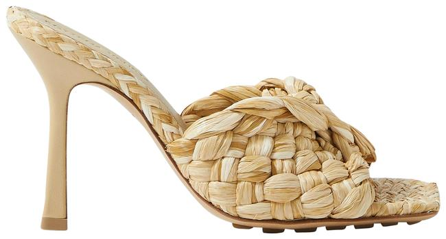 Item - Beige Intrecciato Raffia Mules/Slides Size EU 39.5 (Approx. US 9.5) Regular (M, B)